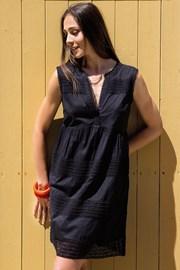 Letnia sukienka Nicole z kolekcji Iconique