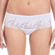 Tanga Wacoal Lace Affair White