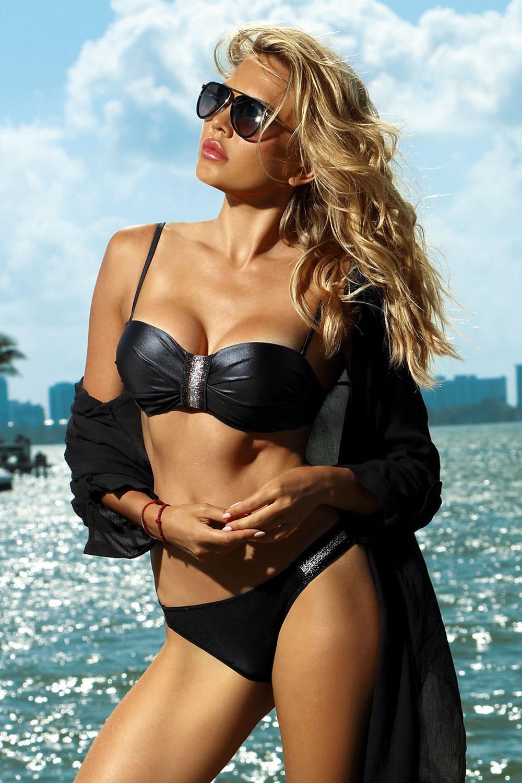 71d8f3ead92bb0 Dwuczęściowy kostium kąpielowy Acapulco czarny. ‹ › Powiązane produkty.  DARMOWA DOSTAWA. Dámské dvoudílné plavky Acapulco černé